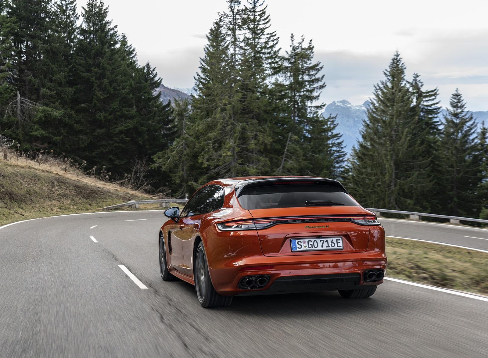 2021 Porsche Panamera 4 E-Hybrid Sport Turismo (Color: Papaya Metallic) Rear Wallpapers (7)