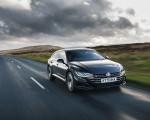 2021 Volkswagen Arteon Shooting Brake (UK-Spec) Front Three-Quarter Wallpapers  150x120 (16)