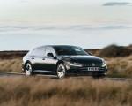 2021 Volkswagen Arteon Shooting Brake (UK-Spec) Front Three-Quarter Wallpapers 150x120 (6)