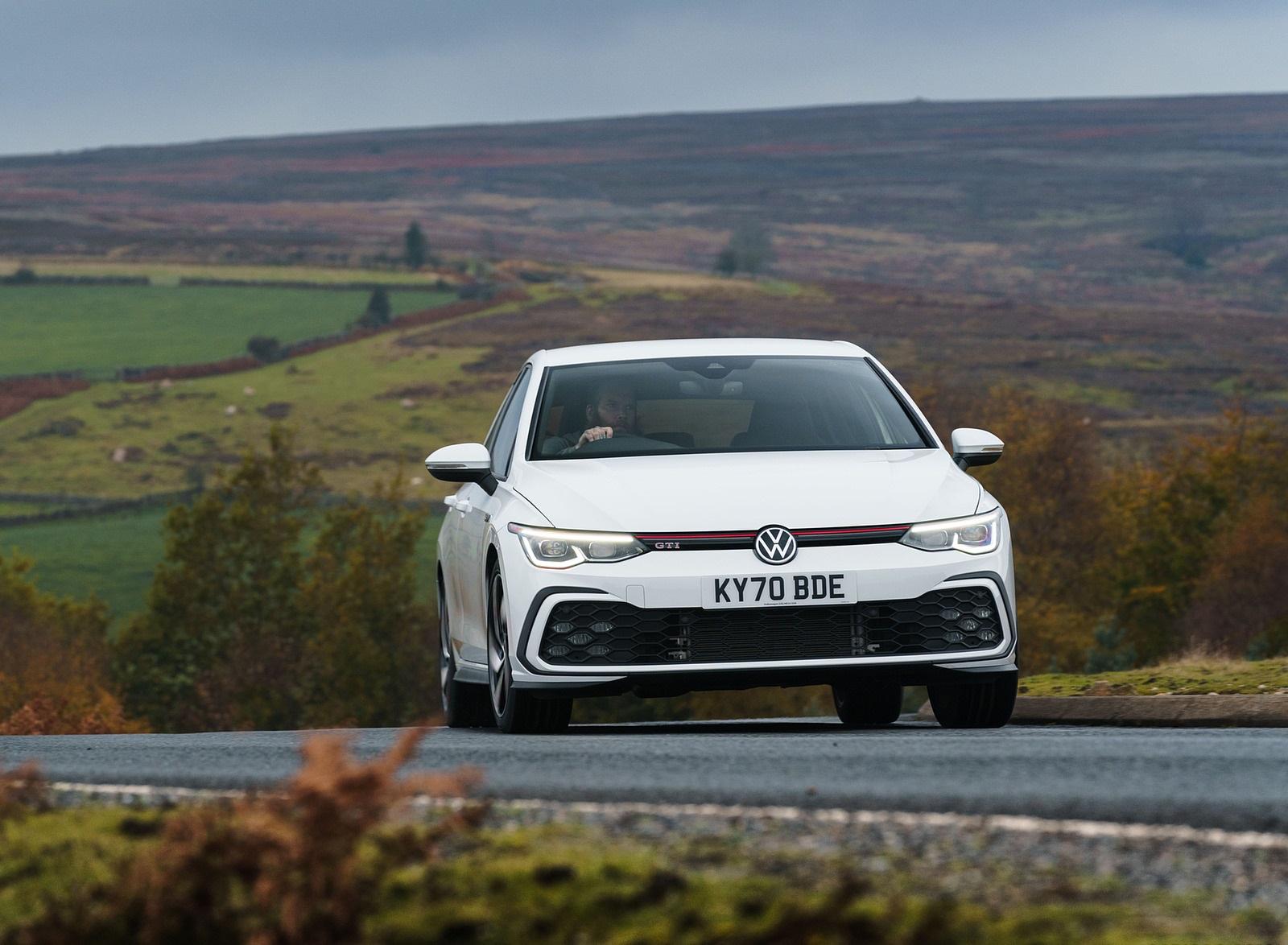 2021 Volkswagen Golf GTI (UK-Spec) Front Wallpapers  (6)