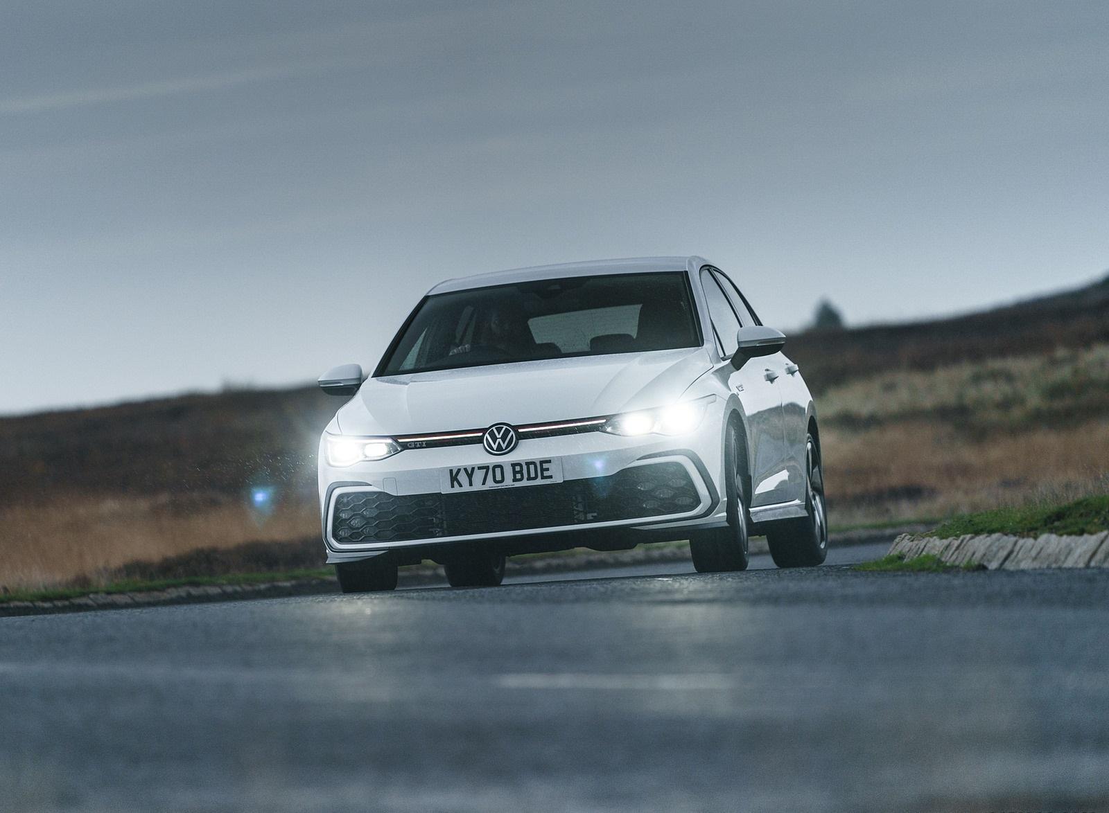 2021 Volkswagen Golf GTI (UK-Spec) Front Wallpapers (7)