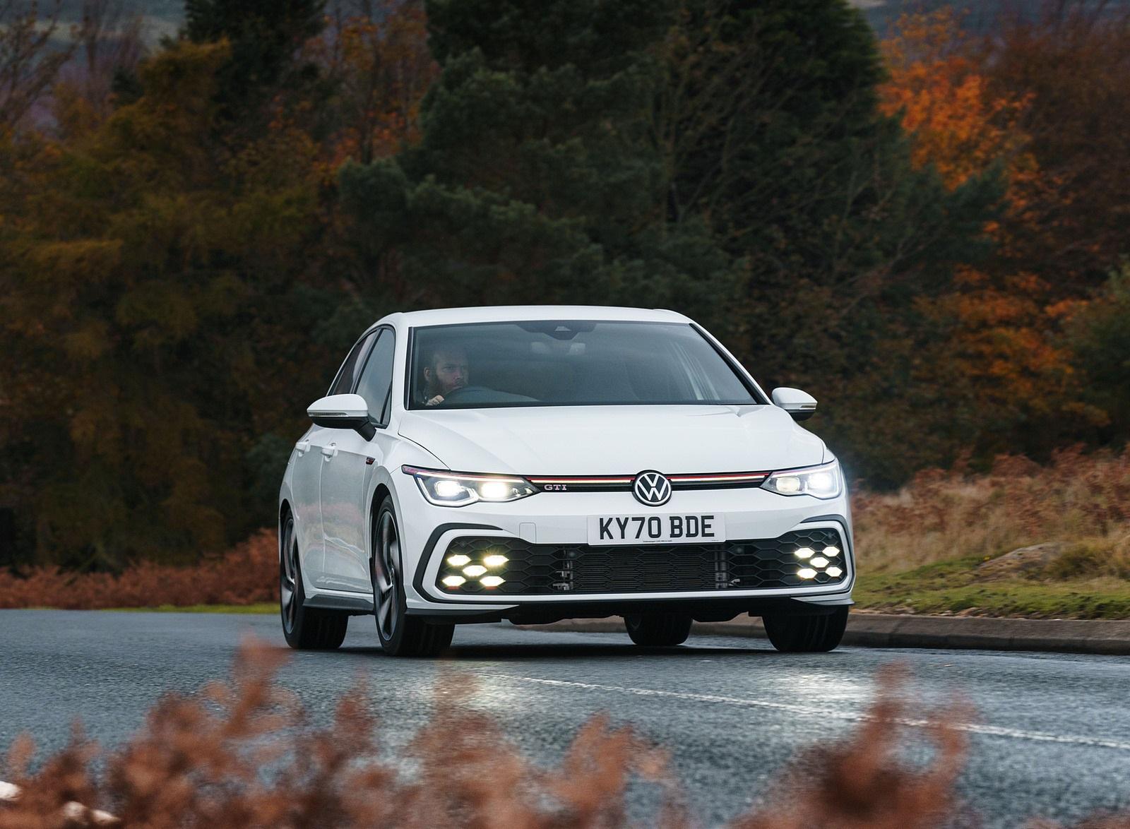 2021 Volkswagen Golf GTI (UK-Spec) Front Wallpapers (9)