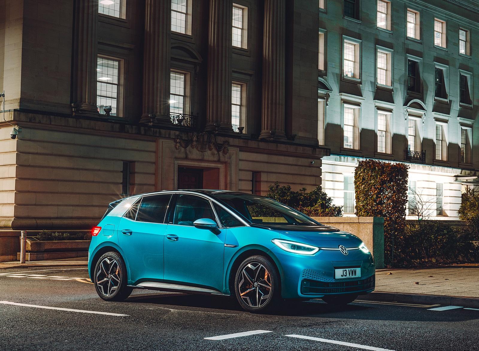 2021 Volkswagen ID.3 1st Edition (UK-Spec) Front Three-Quarter Wallpapers (7)