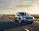 2021 Volkswagen Tiguan Life (UK-Spec) Front Three-Quarter Wallpapers  150x120 (7)