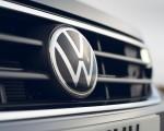 2021 Volkswagen Tiguan Life (UK-Spec) Grill Wallpapers 150x120 (37)