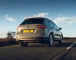 2021 Volkswagen Tiguan Life (UK-Spec) Rear Wallpapers  150x120 (14)