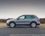 2021 Volkswagen Tiguan Life (UK-Spec) Side Wallpapers 150x120 (25)