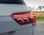 2021 Volkswagen Tiguan Life (UK-Spec) Tail Light Wallpapers  150x120 (46)