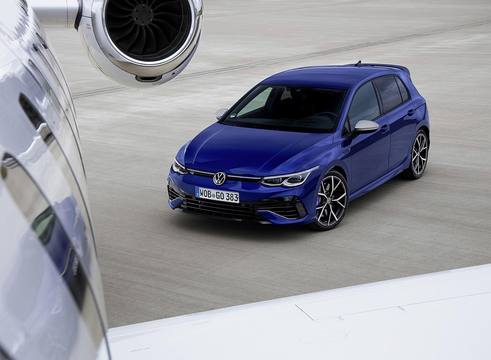 2022 Volkswagen Golf R Front Three-Quarter Wallpapers (8)