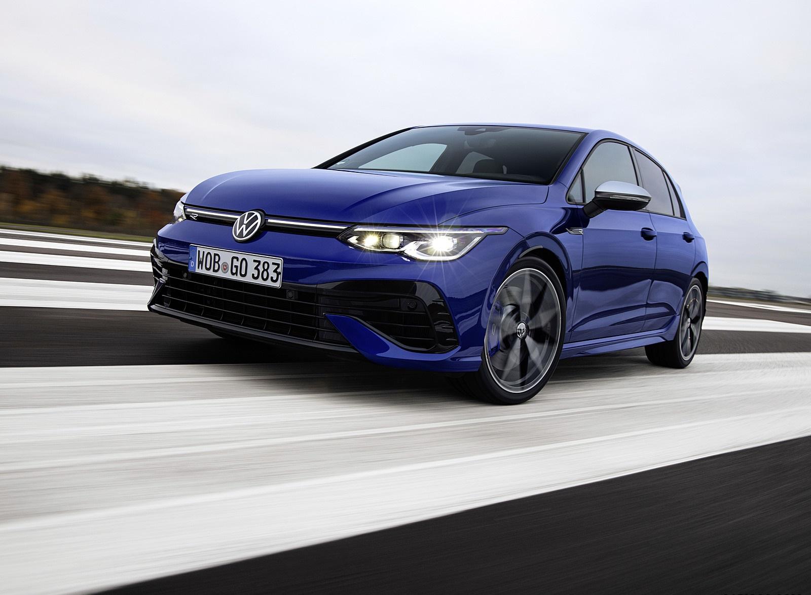 2022 Volkswagen Golf R Front Three-Quarter Wallpapers (1)