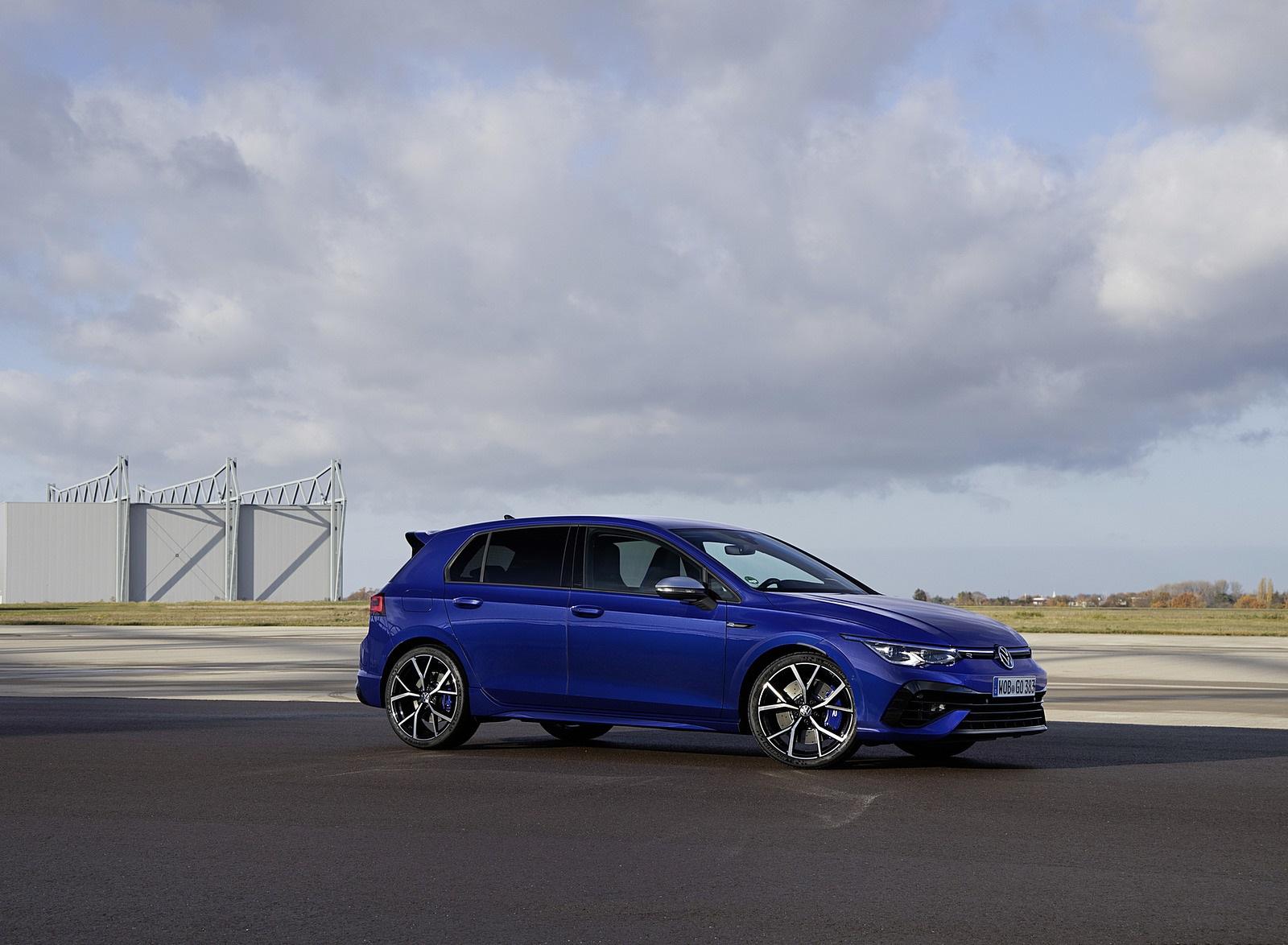 2022 Volkswagen Golf R Front Three-Quarter Wallpapers (10)