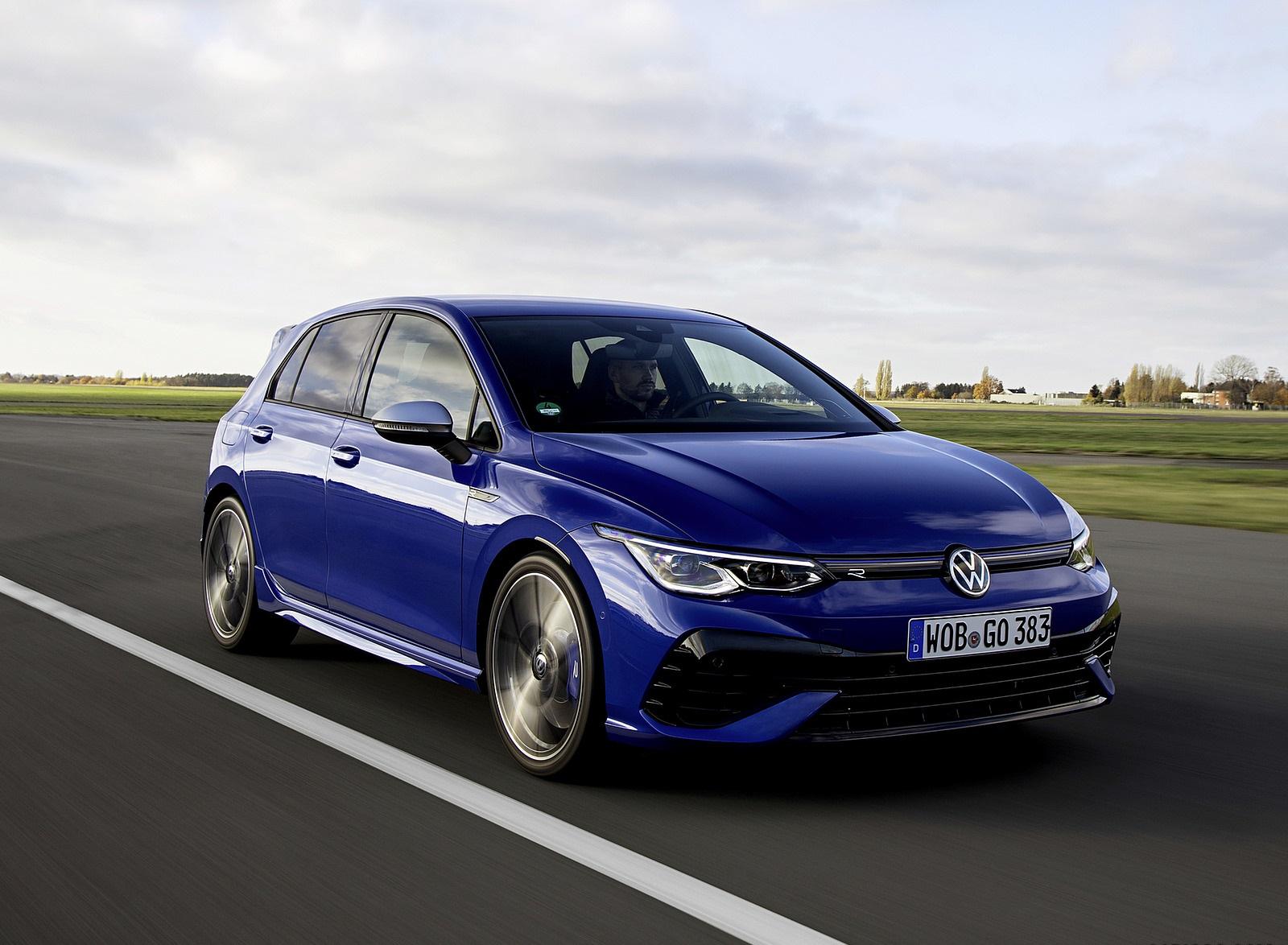 2022 Volkswagen Golf R Front Three-Quarter Wallpapers (3)