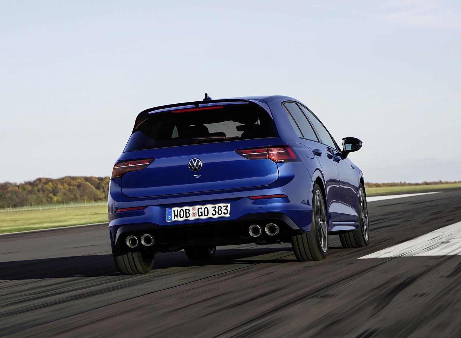 2022 Volkswagen Golf R Rear Wallpapers (7)