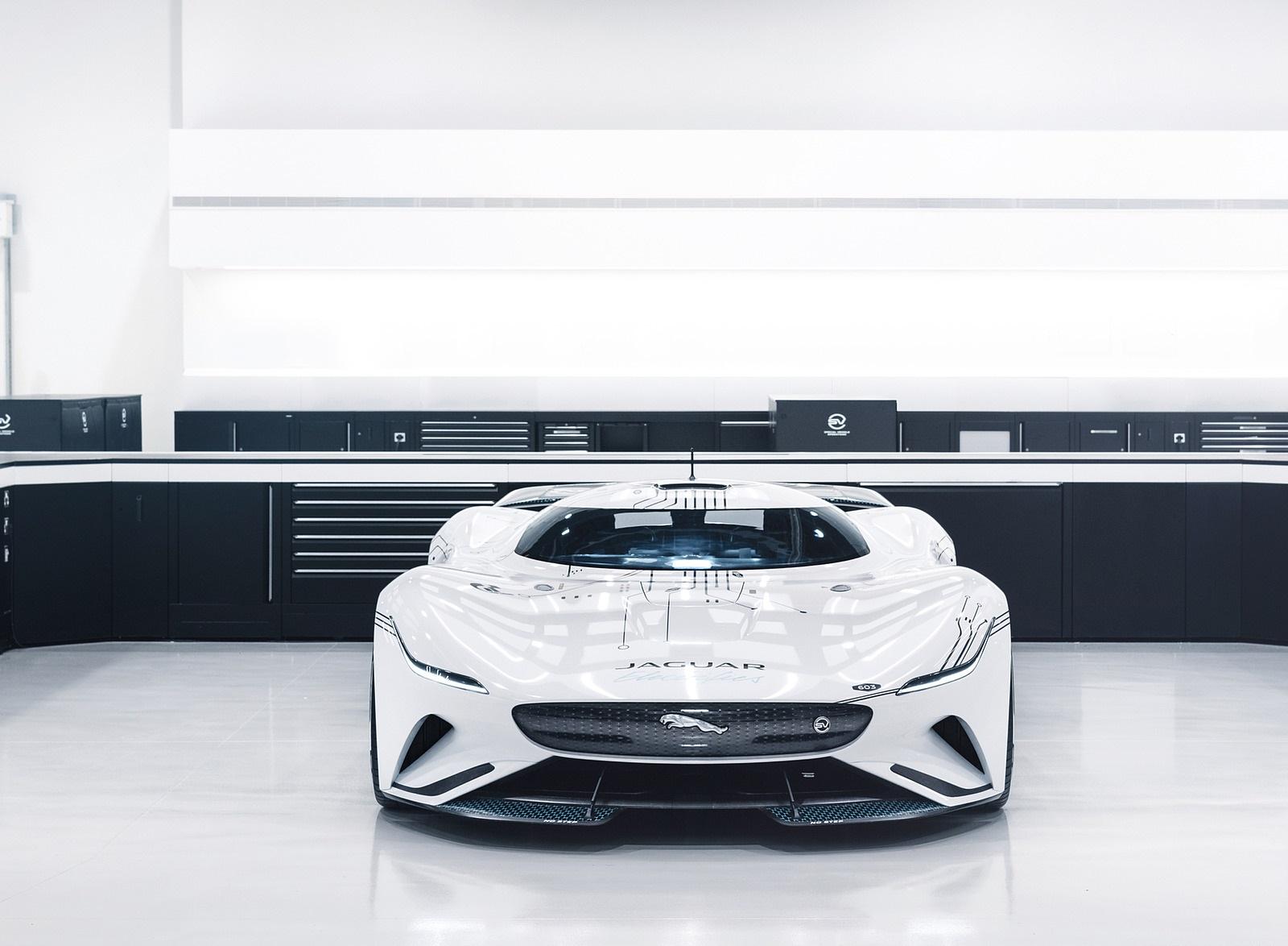 2020 Jaguar Vision Gran Turismo SV Front Wallpapers (6)
