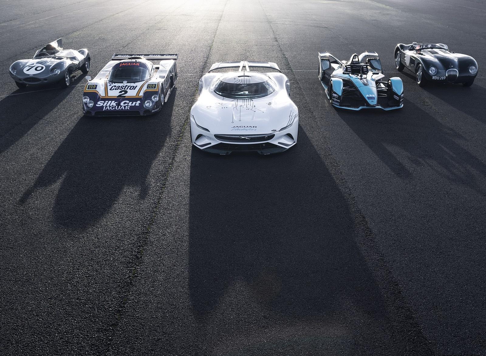 2020 Jaguar Vision Gran Turismo SV Front Wallpapers (4)