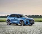 2021 Audi Q3 TFSI e Plug-In Hybrid (Color: Turbo Blue) Front Three-Quarter Wallpapers 150x120 (7)