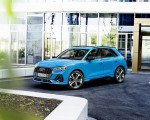 2021 Audi Q3 TFSI e Plug-In Hybrid (Color: Turbo Blue) Front Three-Quarter Wallpapers 150x120 (15)