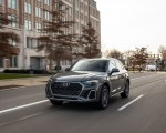 2021 Audi Q5 55 TFSI e quattro PHEV (US-Spec) Front Three-Quarter Wallpapers 150x120 (6)
