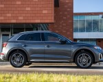 2021 Audi Q5 55 TFSI e quattro PHEV (US-Spec) Side Wallpapers 150x120 (23)
