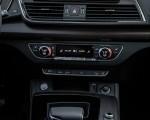2021 Audi Q5 (US-Spec) Central Console Wallpapers 150x120 (30)