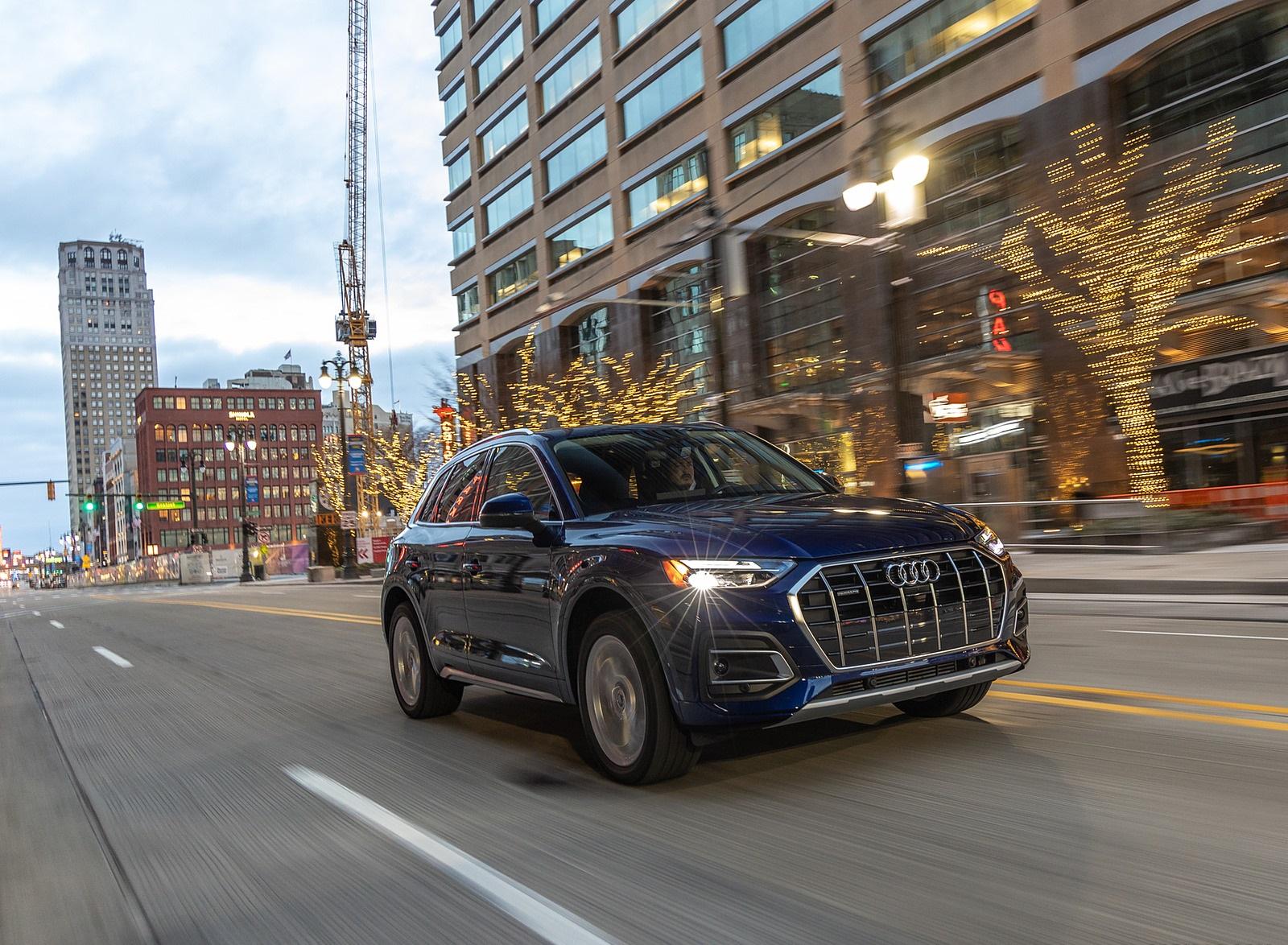 2021 Audi Q5 (US-Spec) Front Three-Quarter Wallpapers (2)