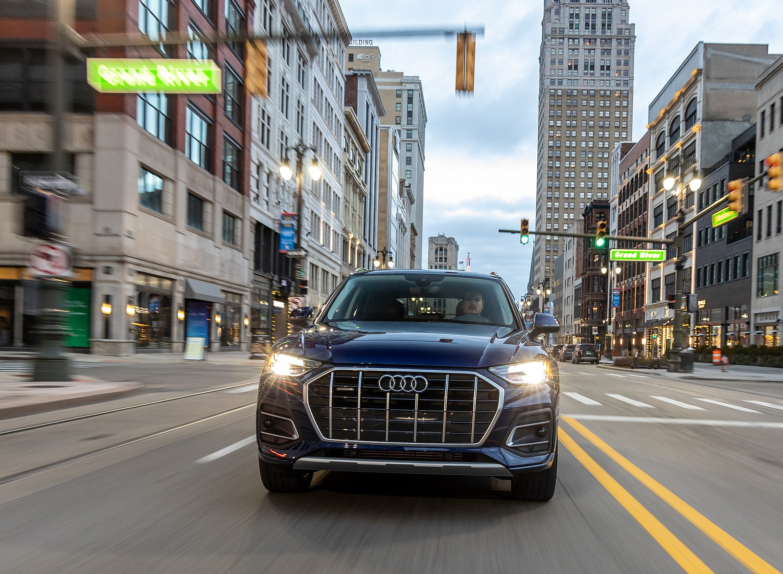2021 Audi Q5 (US-Spec) Front Wallpapers (9)