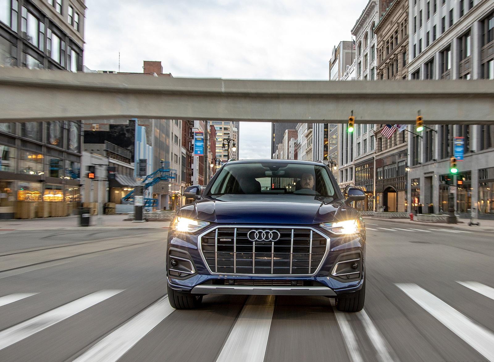 2021 Audi Q5 (US-Spec) Front Wallpapers (1)