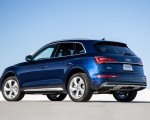 2021 Audi Q5 (US-Spec) Rear Three-Quarter Wallpapers 150x120 (21)