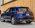 2021 Audi Q5 (US-Spec) Rear Three-Quarter Wallpapers 150x120 (20)