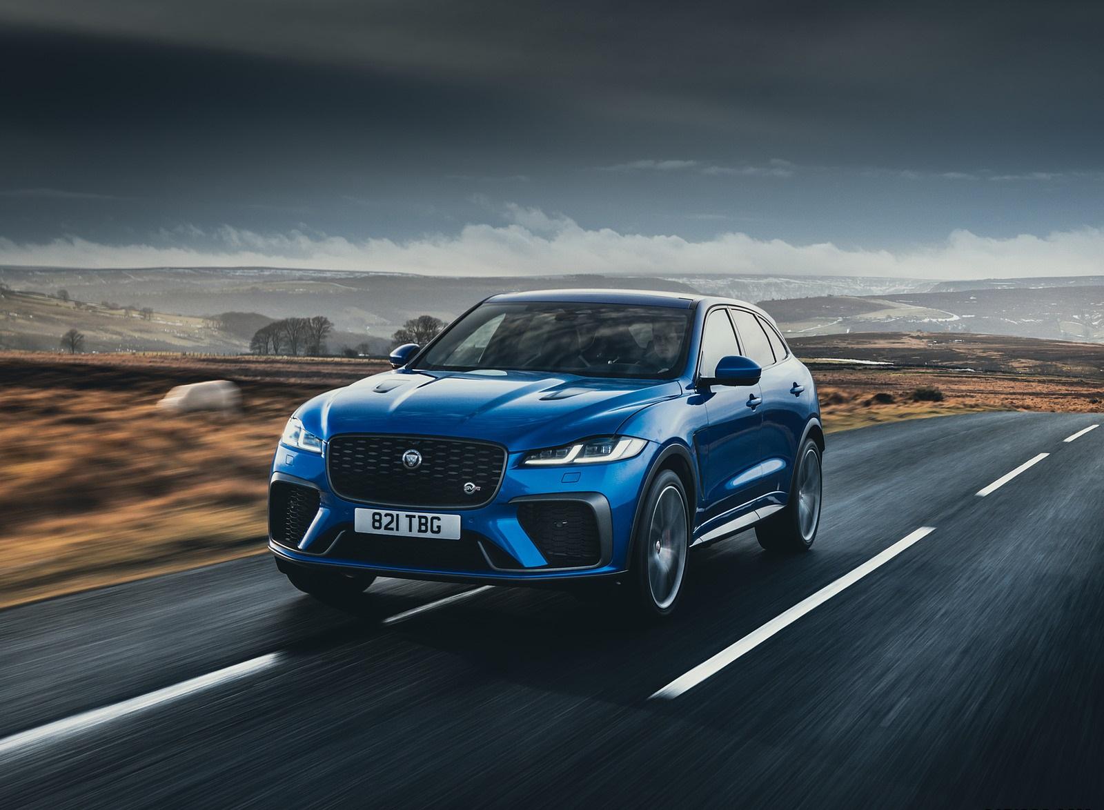 2021 Jaguar F-PACE SVR (Color: Velocity Blue) Front Three-Quarter Wallpapers  (1)