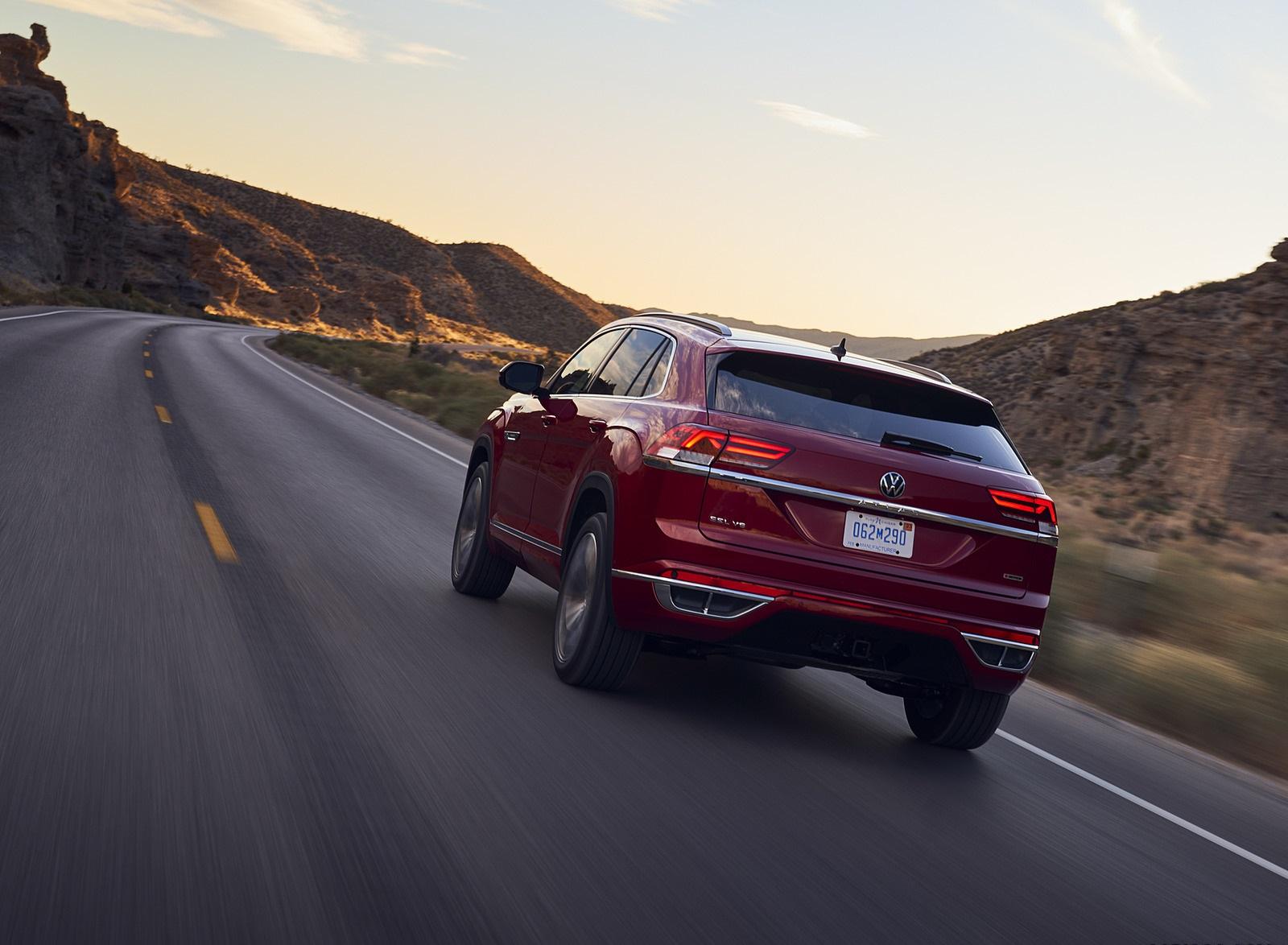 2021 Volkswagen Atlas Cross Sport Rear Wallpapers  (7)
