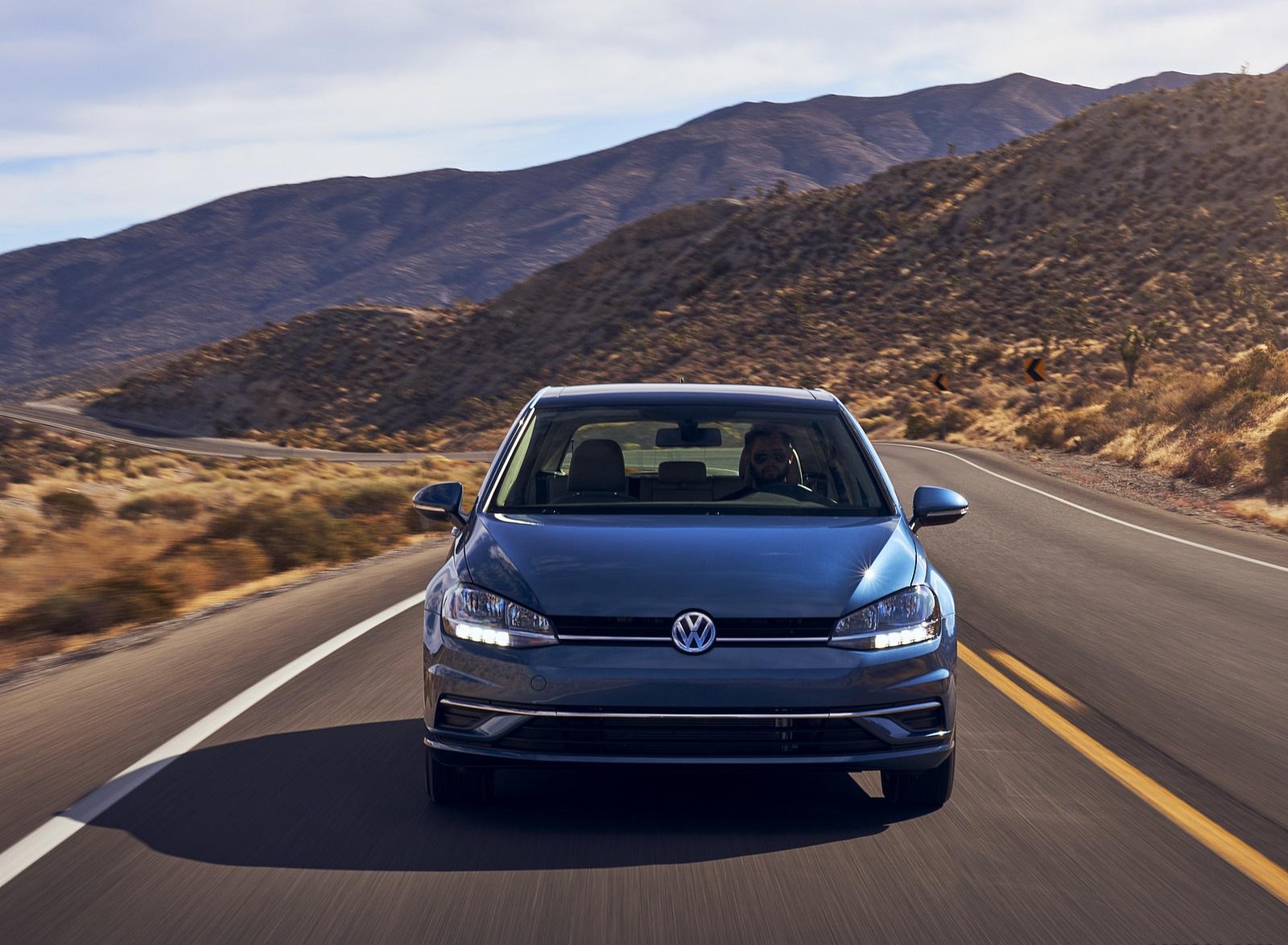 2021 Volkswagen Golf (US-Spec) Front Wallpapers (2)