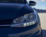 2021 Volkswagen Golf (US-Spec) Headlight Wallpapers 150x120 (16)