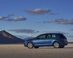 2021 Volkswagen Golf (US-Spec) Side Wallpapers 150x120 (14)