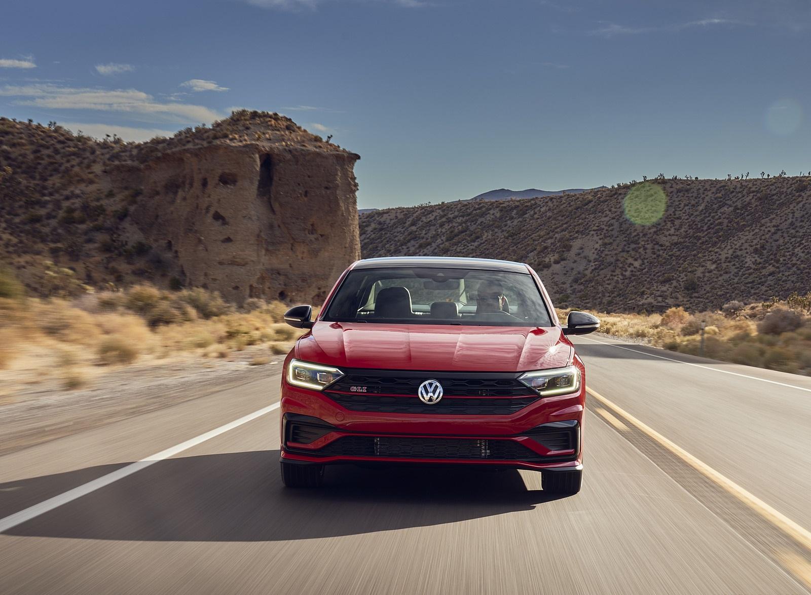 2021 Volkswagen Jetta GLI (US-Spec) Front Wallpapers (3)