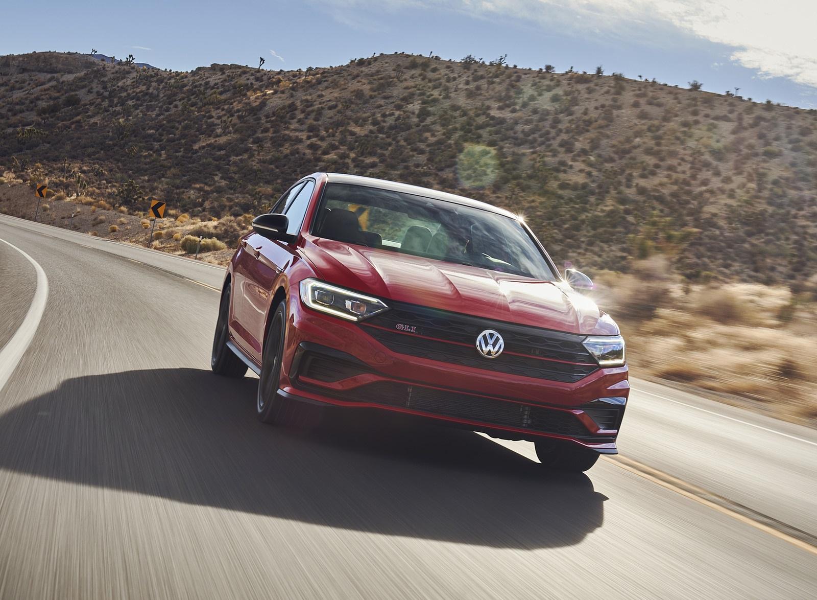 2021 Volkswagen Jetta GLI (US-Spec) Front Wallpapers (4)
