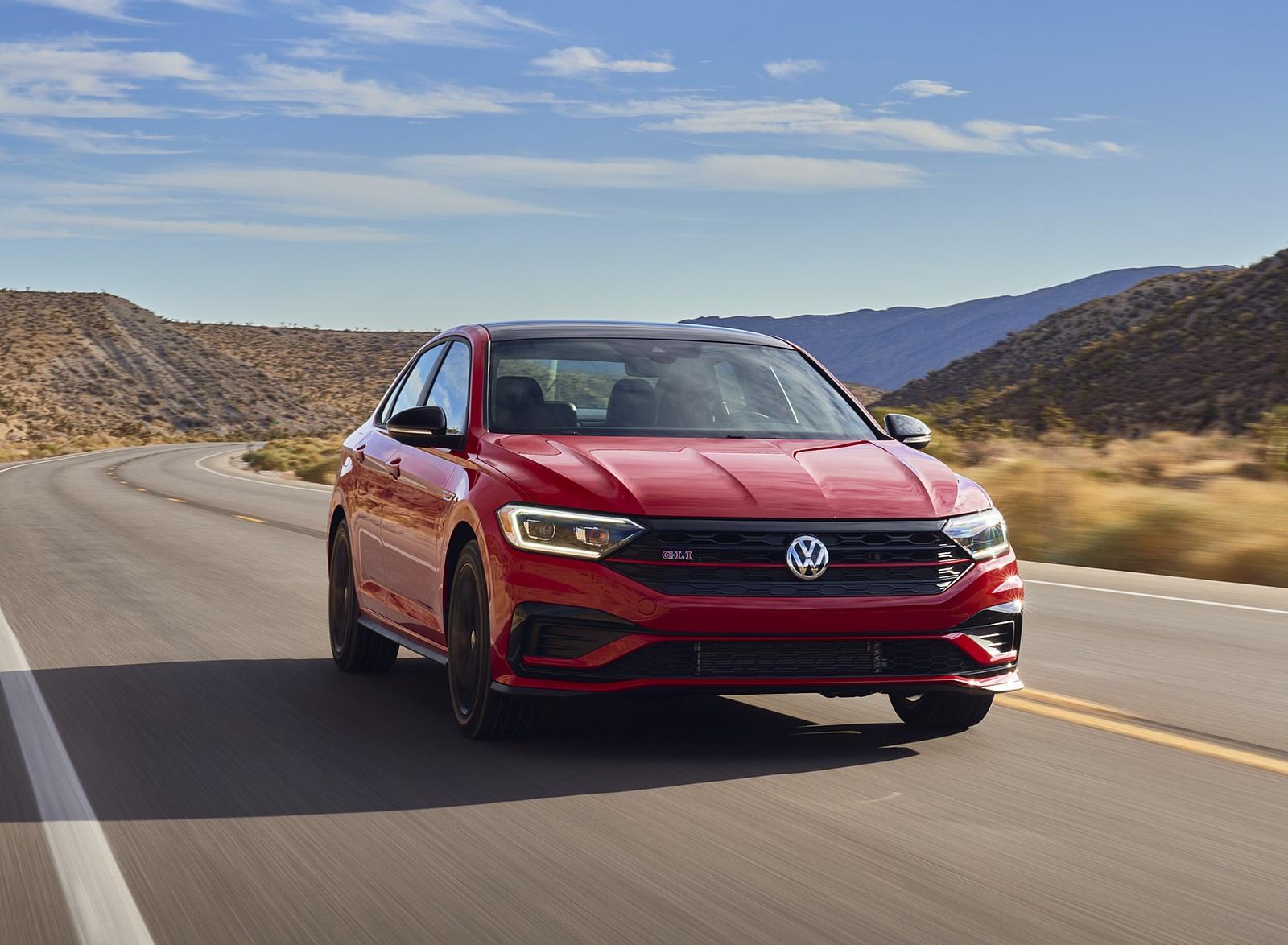 2021 Volkswagen Jetta GLI (US-Spec) Front Wallpapers  (2)