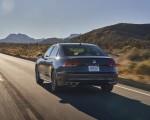 2021 Volkswagen Passat (US-Spec) Rear Wallpapers 150x120 (7)