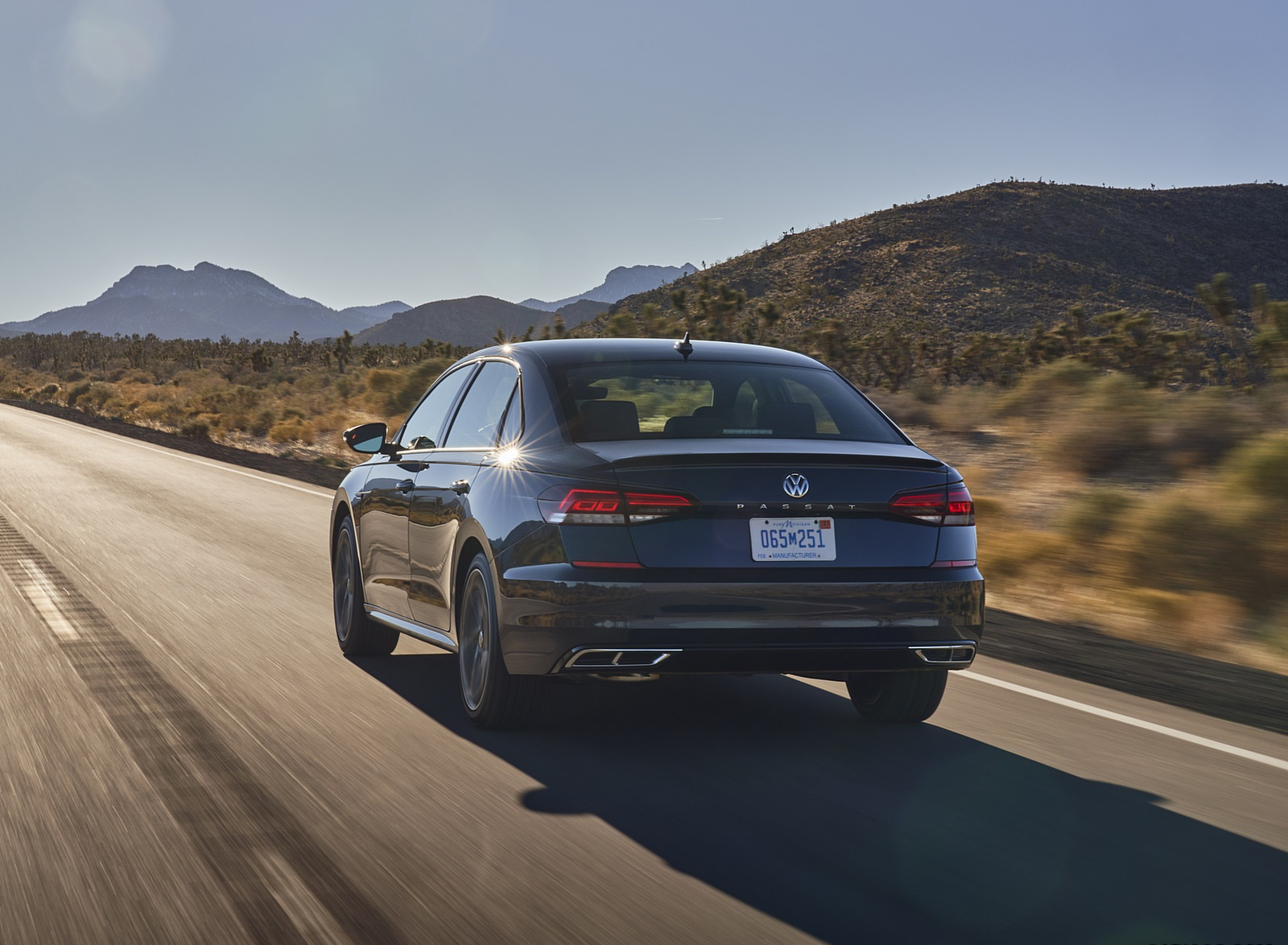 2021 Volkswagen Passat (US-Spec) Rear Wallpapers (7)