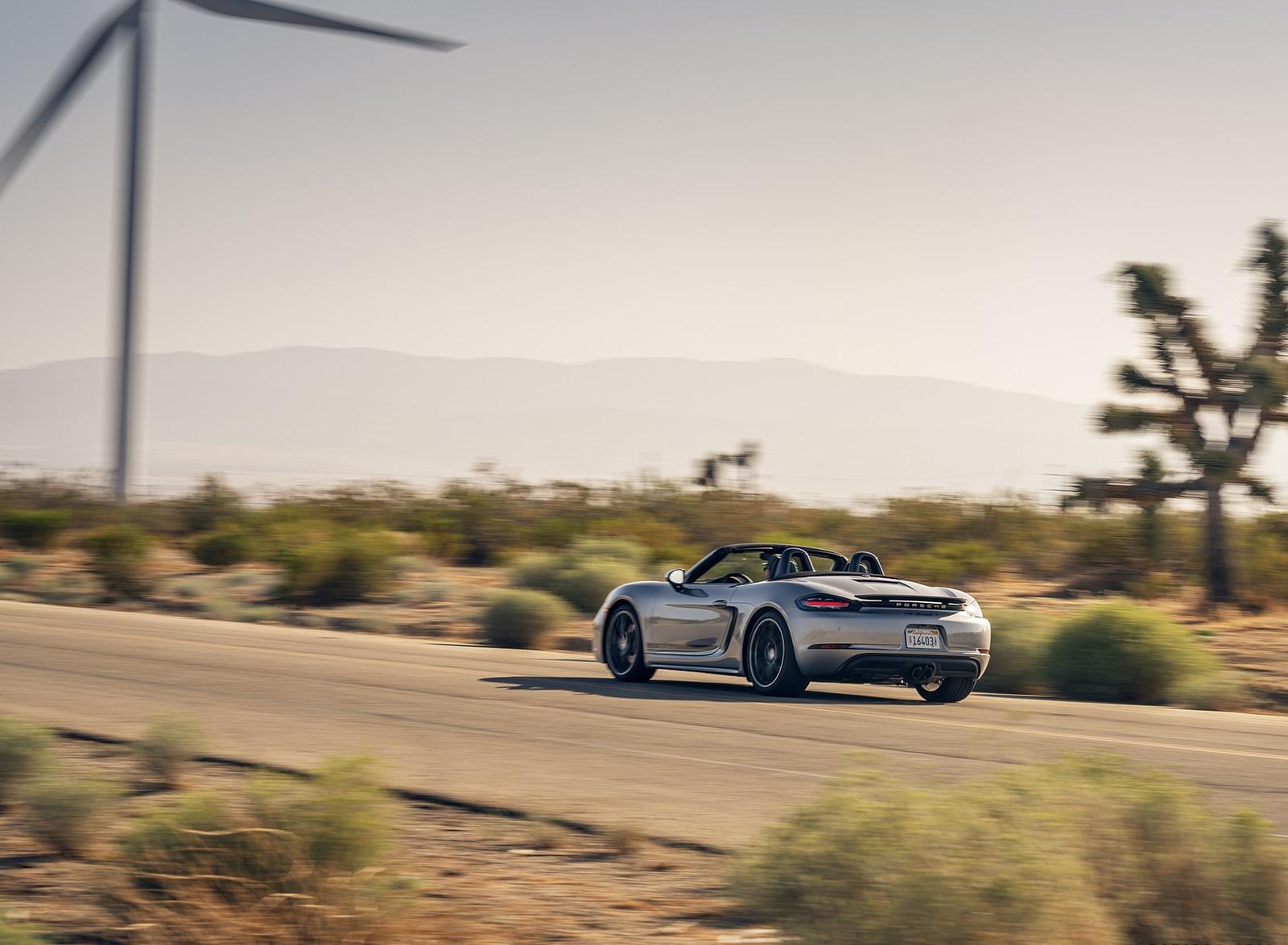 2020 Porsche 718 Boxster T Rear Three-Quarter Wallpapers (7)