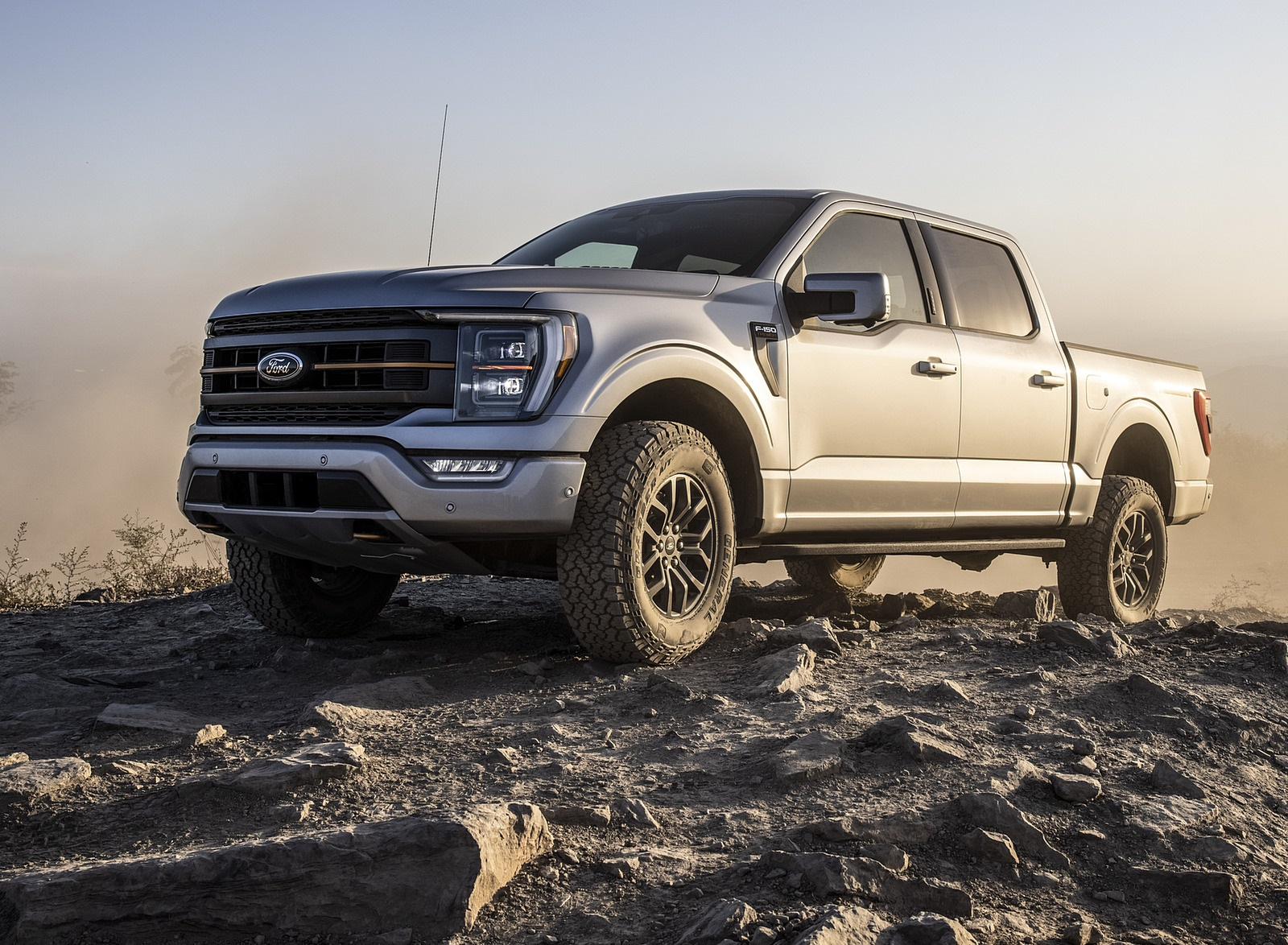 2021 Ford F-150 Tremor Front Three-Quarter Wallpapers (3)