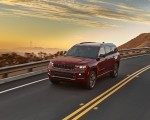 2021 Jeep Grand Cherokee L Overland Front Three-Quarter Wallpapers 150x120 (4)