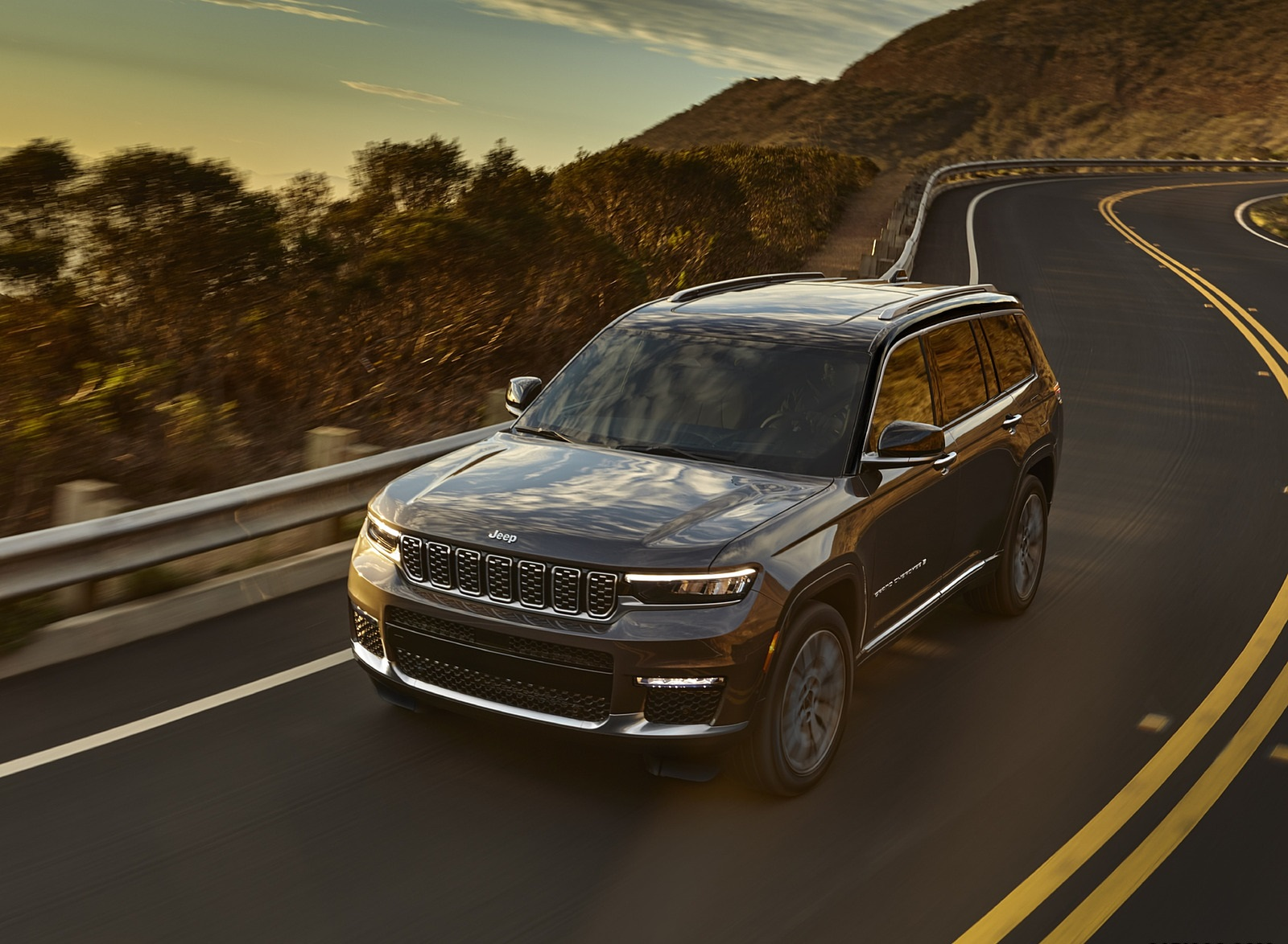 2021 Jeep Grand Cherokee L Summit Reserve Front Three-Quarter Wallpapers (1)