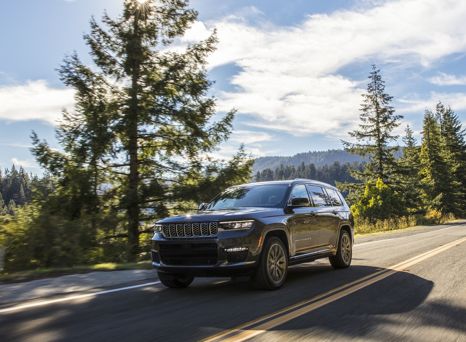 2021 Jeep Grand Cherokee L Summit Reserve Front Three-Quarter Wallpapers (2)