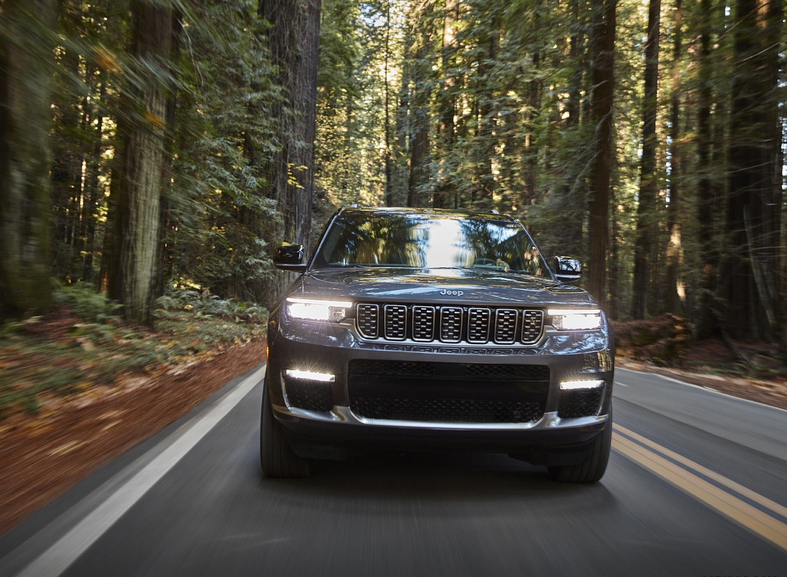 2021 Jeep Grand Cherokee L Summit Reserve Front Wallpapers (10)