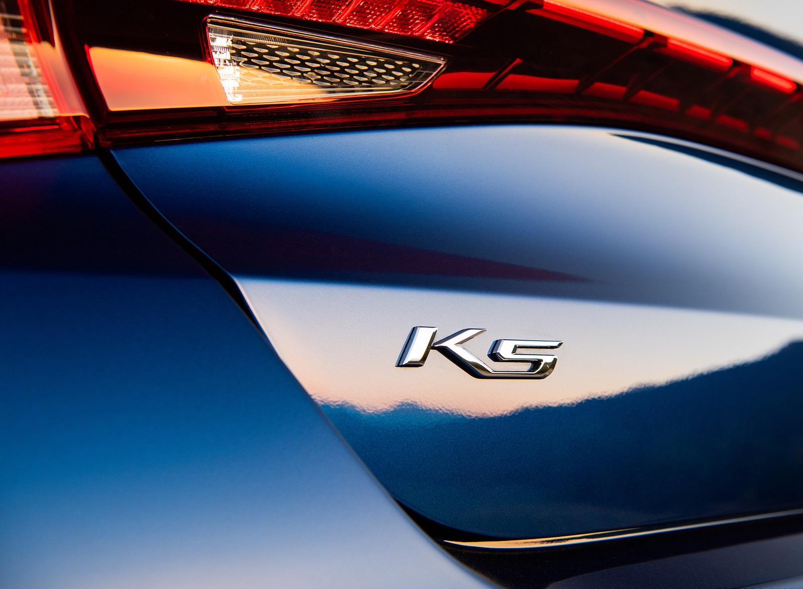 2021 Kia K5 GT-Line 1.6T FWD Badge Wallpapers (10)