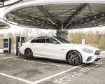2021 Mercedes-Benz E 300 e Plug-In Hybrid (UK-Spec) Front Three-Quarter Wallpapers 150x120 (44)