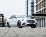 2021 Mercedes-Benz E 300 e Plug-In Hybrid (UK-Spec) Front Three-Quarter Wallpapers 150x120 (40)