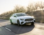 2021 Mercedes-Benz E 300 e Plug-In Hybrid (UK-Spec) Front Three-Quarter Wallpapers  150x120 (27)