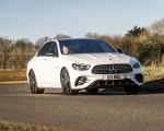 2021 Mercedes-Benz E 300 e Plug-In Hybrid (UK-Spec) Front Three-Quarter Wallpapers 150x120 (3)